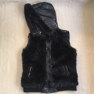 Justice Black Puffy Hooded Vest w/ Faux Fur Sz 16